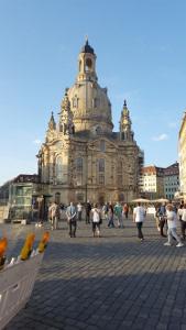 Frauenkirche300